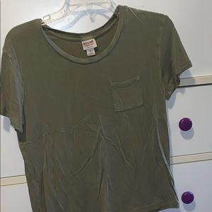 Flowy Pocketed Tshirt